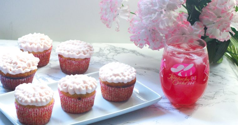 Oaks Lily Cupcakes