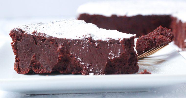 Red Wine Flourless Chocolate Cake