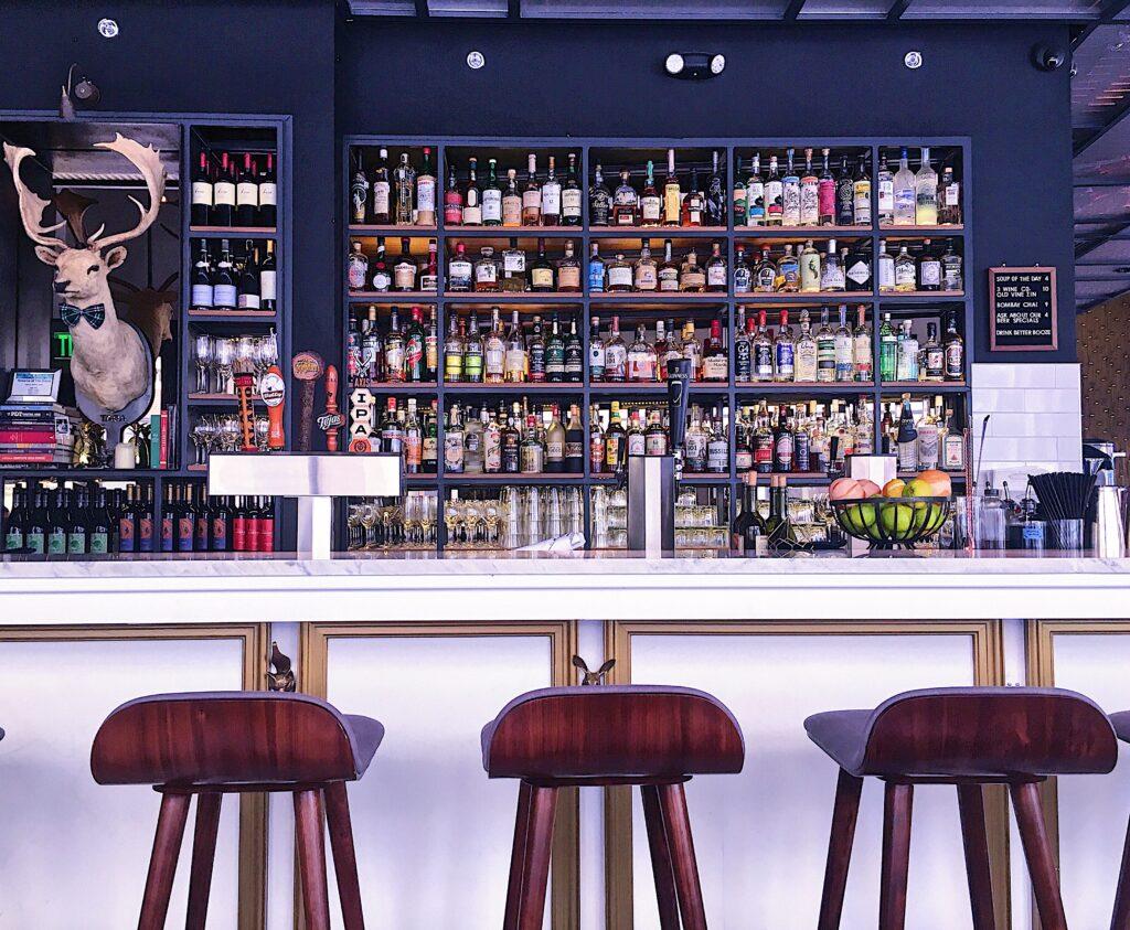 Rosella at the Rand Bar